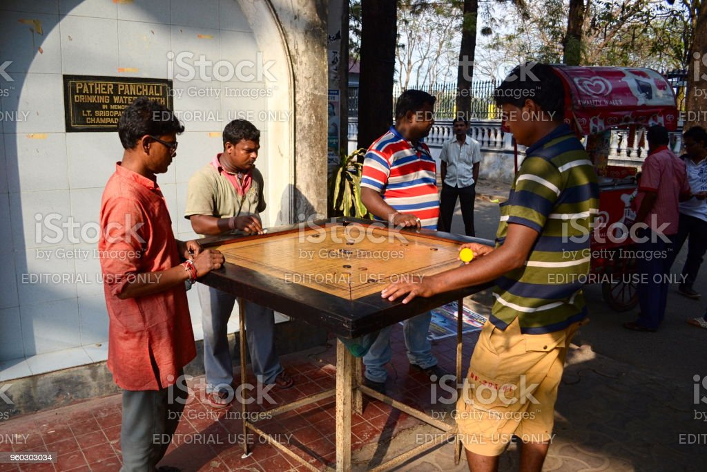 carrom games free download