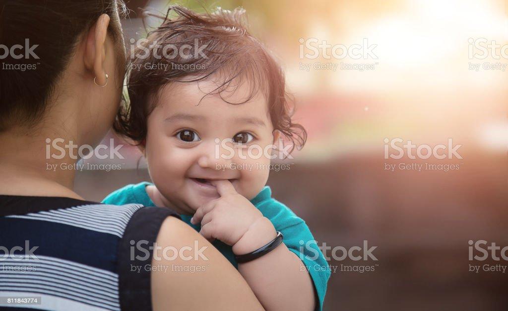 印度母親和女兒圖像檔