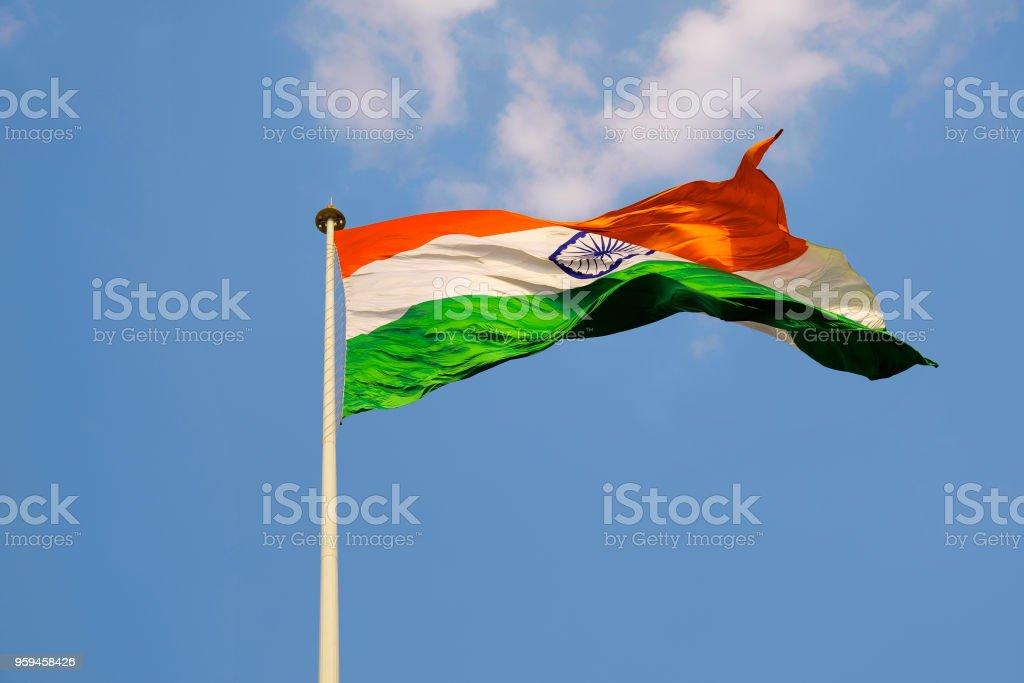 Bandeira nacional indiana. Poste mais alto e maior bandeira indiana na terra em Belgavi, estado de Karnataka, Índia. - foto de acervo