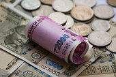 istock Indian new 2000 and 500 Rs Currency Note 625851522