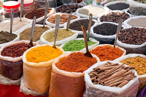 indischen gewürze - besteck günstig stock-fotos und bilder
