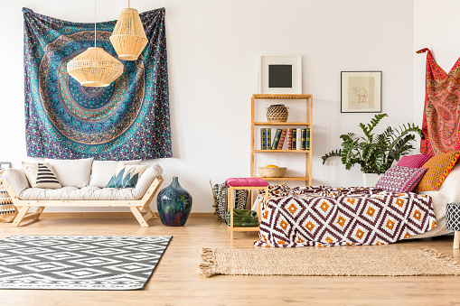 istock Indian tissues in apartment 828418786
