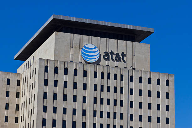 Indianapolis - March 2016: AT&T Indiana Headquarters VI Indianapolis, US - March 29, 2016: AT&T Indiana Headquarters. AT&T Inc. is an American Telecommunications Corporation VI race distance stock pictures, royalty-free photos & images