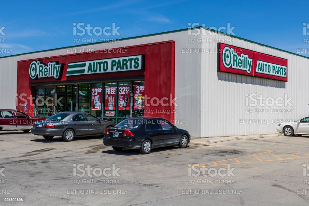 Indianapolis - Circa June 2017: O'Reily Auto Parts Store. O'Reily is a Retailer and Distributor of Automotive Parts IV stock photo