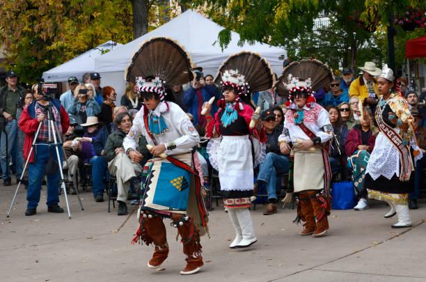 토착 민족의 날 - columbus day 뉴스 사진 이미지