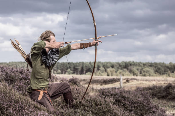 Ein individueller Wikinger-Schützenkrieger auf dem Land – Foto