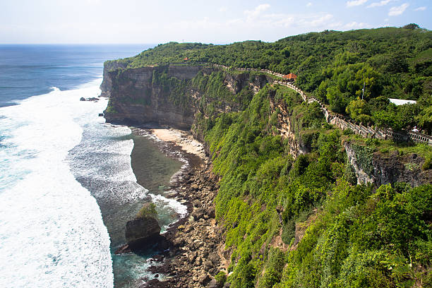Indonesia temple on cliff foto