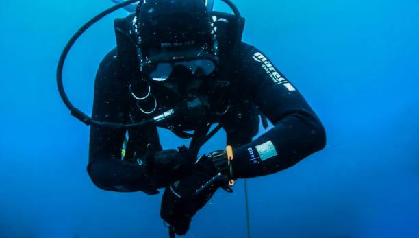 インドネシア-科学的探査-ダイバー-水中後方散乱局在 - ゲッティイメージズ ストックフォトと画像
