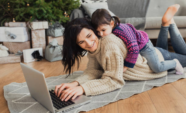 Indoor shot of beautiful happy young woman shopping online on laptop picture id1094884016?b=1&k=6&m=1094884016&s=612x612&w=0&h=3sooacojjtobpxodsxryischkjf kvlx ounaxxsqsk=