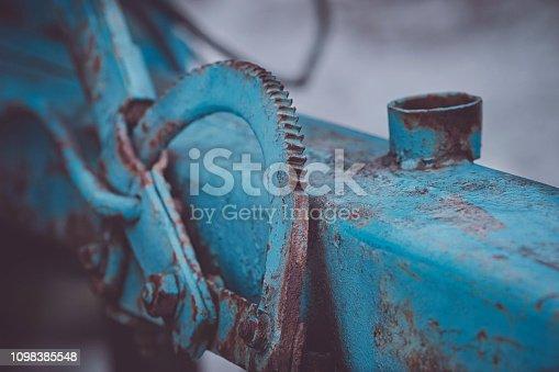 istock Industrial angle adjustment on a land vehicle 1098385548