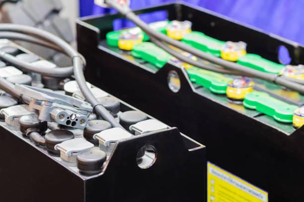 Batería industrial para montacargas - foto de stock