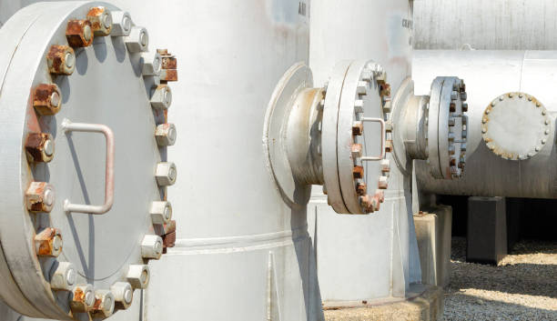 Industrial bolted Access Flanges Tank accesses flange on high pressure compressed air tanks confined space stock pictures, royalty-free photos & images