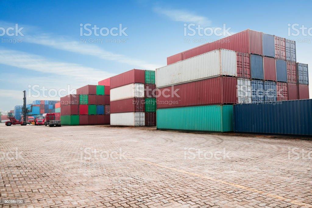 Industrielle Container Yard für Logistik Import/Export Geschäft – Foto