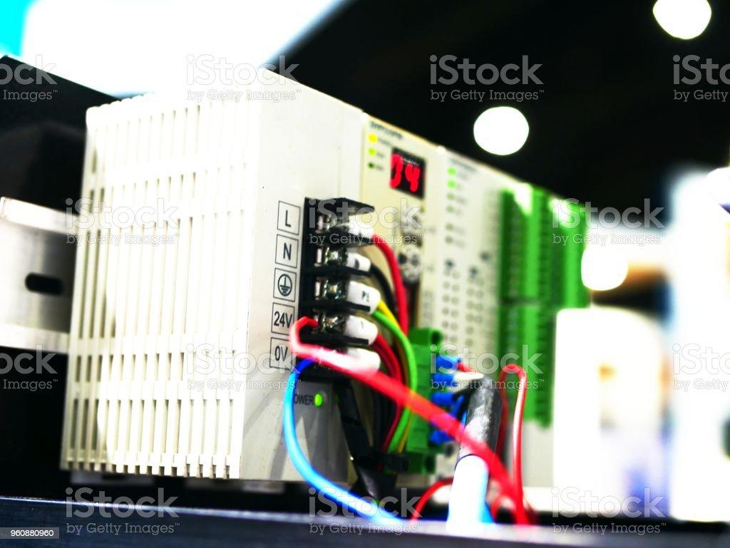 Industrielle elektrische Steuerung - Lizenzfrei Achtung Hochspannung Stock-Foto