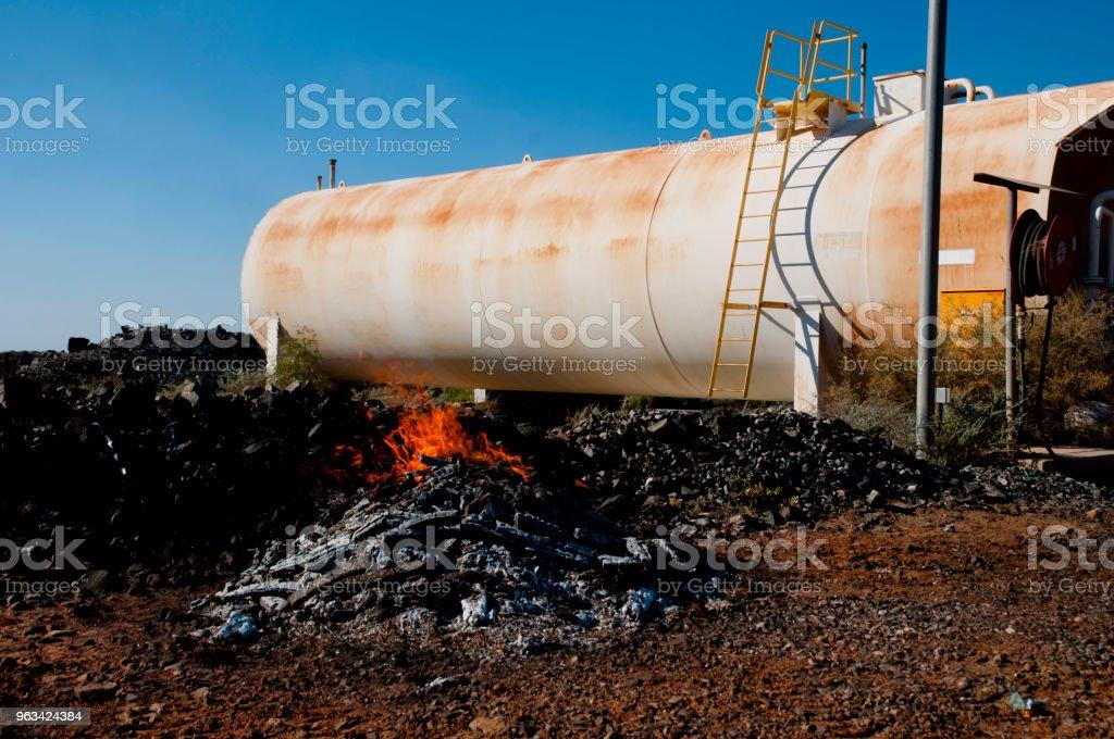 Zagrożenie pożarowe w przemyśle - Zbiór zdjęć royalty-free (Alarm)