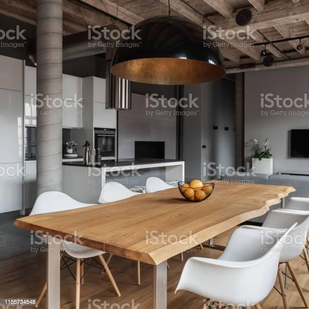 Industrial home interior picture id1155734548?b=1&k=6&m=1155734548&s=612x612&h=arlyi3tn2juiprjio etk7stn6adbi1xjozz638pms0=
