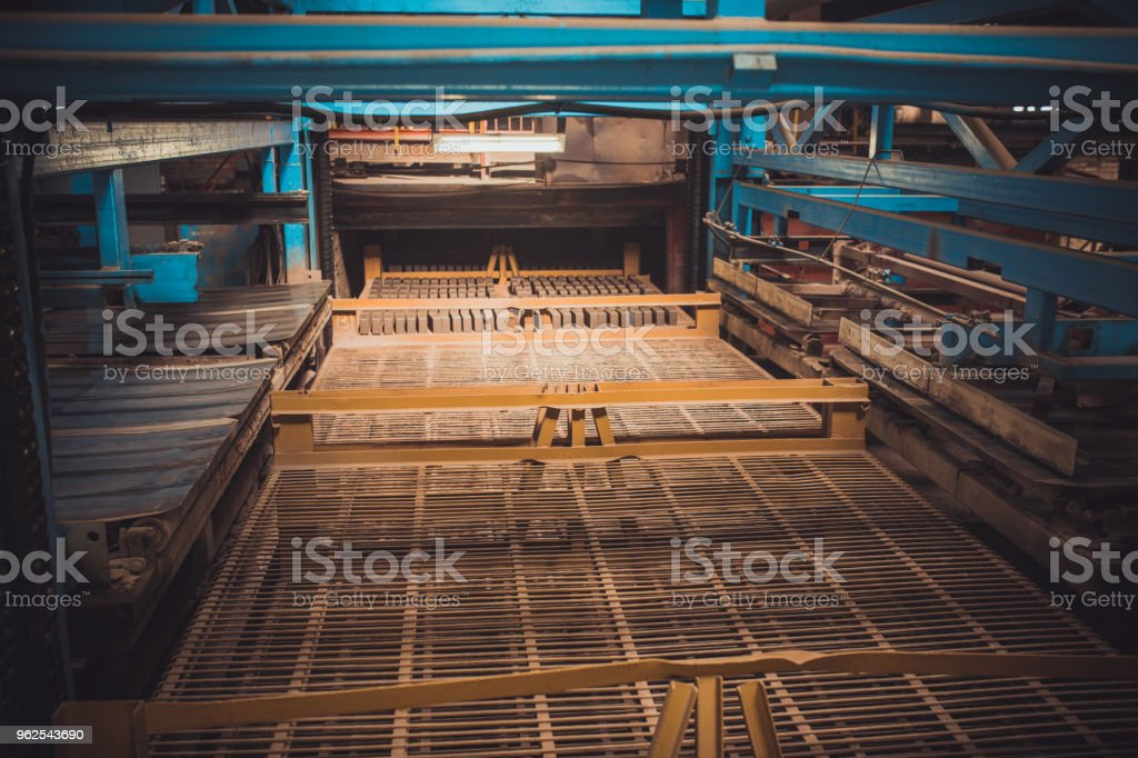 Industrial interior of an old abandoned factory building - Royalty-free Abandoned Stock Photo