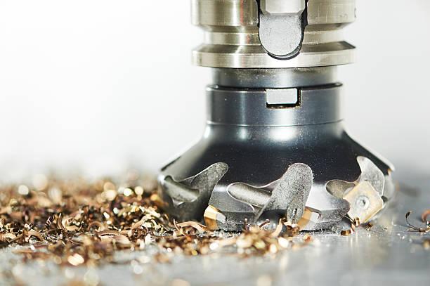 産業用金属加工カティングプロセスミーリングカッター - 金属工 ストックフォトと画像