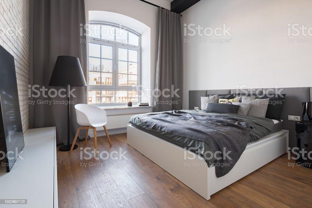 Industriellen Stil Schlafzimmer Stockfoto und mehr Bilder ...