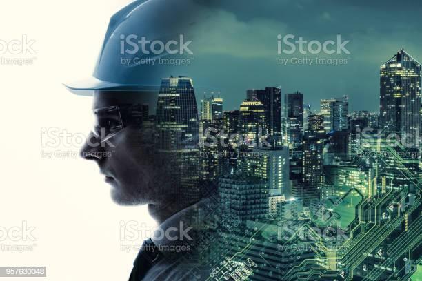Industrial technology concept industry40 picture id957630048?b=1&k=6&m=957630048&s=612x612&h=uvdyfpa niyfk9h0ij58dwgetby5ydj49lxgpjzm9d4=