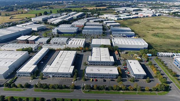 industrial units from air - industriegebied stockfoto's en -beelden