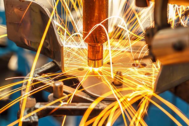 industrial welding automotive in thailand - 金属工 ストックフォトと画像
