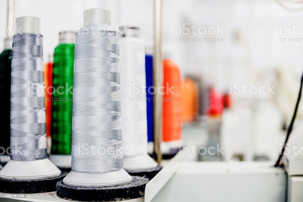 Bobine de fils de machine industrielle - Photo