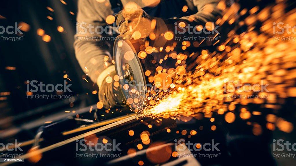 Trabajador Industrial con herramienta de trabajo - foto de stock
