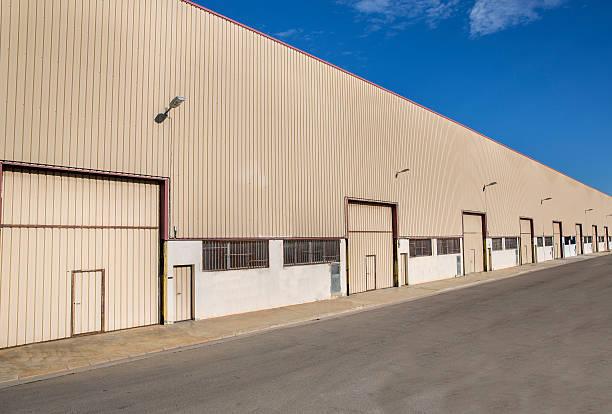 industrial zone - industriegebied stockfoto's en -beelden