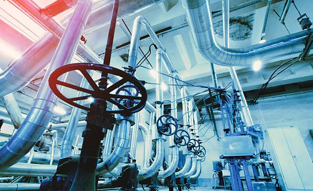 Industrial zone, Stahl pipelines in blauen Farben  – Foto
