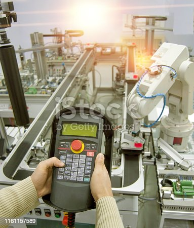 istock industry 4.0 automation line 1161157589
