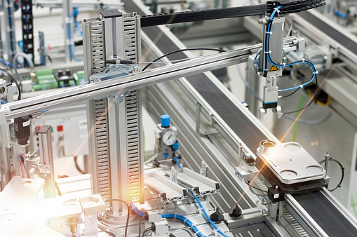 istock Industry 4.0 smart factory concept; artificial intelligence in production 1164840227