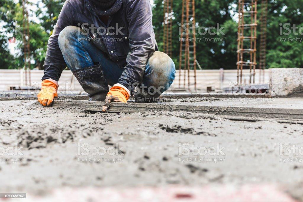Trabajadores de la industria de la construcción los hombres - foto de stock