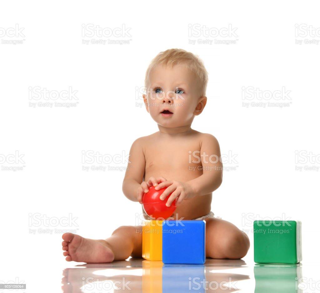 Kind Kind Baby Kleinkind Sitzen Nackt Im Windel Mit Grün Blaue