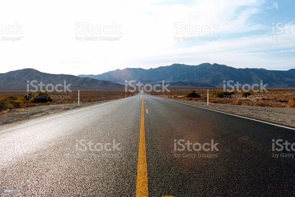Unendliche road – Foto