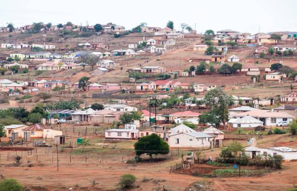 Informelles Wohnen auf Hillside gebaut – Foto