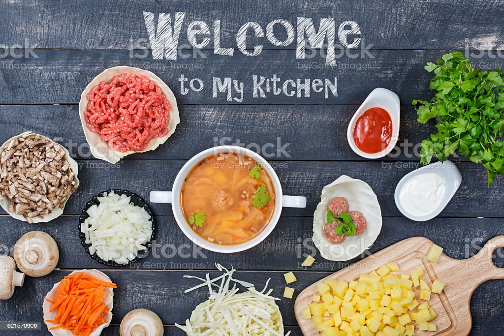 Ingredients for cooking soup with meatballs. Top view. photo libre de droits