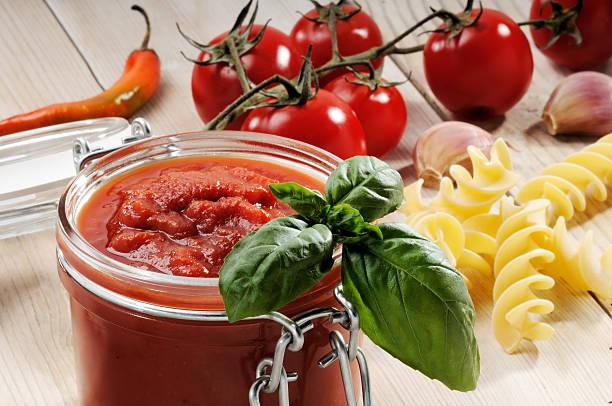 Zutaten für Tomaten-sauce – Foto