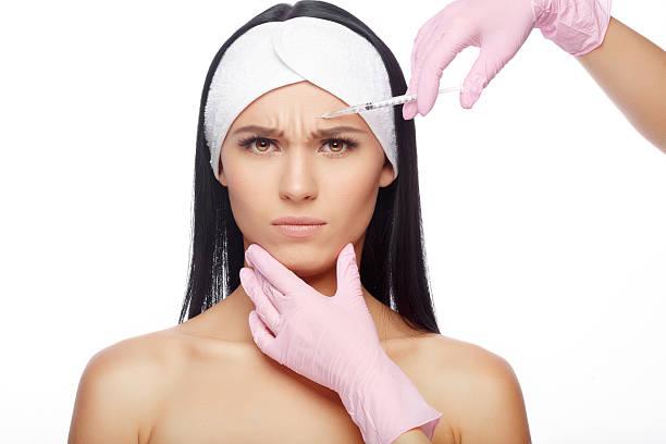 injections of anti-aging facial - nadeldesigns stock-fotos und bilder