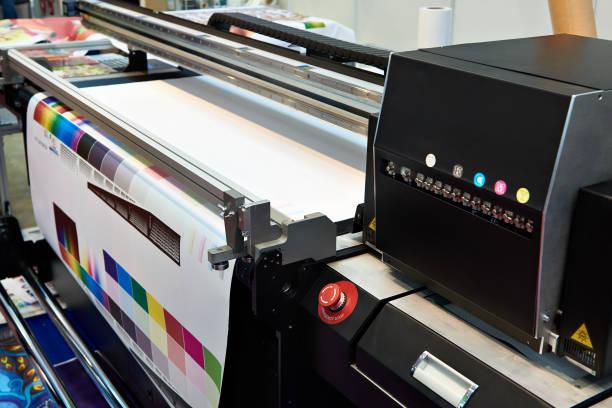 tintenpatronen und plotter - große waffen stock-fotos und bilder