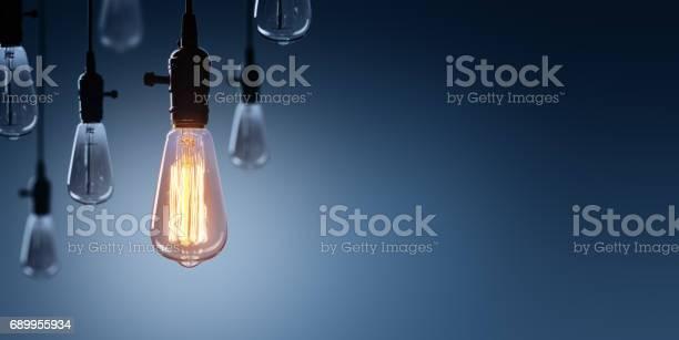 Innovation and leadership concept glowing bulb lamp picture id689955934?b=1&k=6&m=689955934&s=612x612&h=pyoffrnivmsltyfdvkd9jtwy54nmocbpwjufohk7zpo=