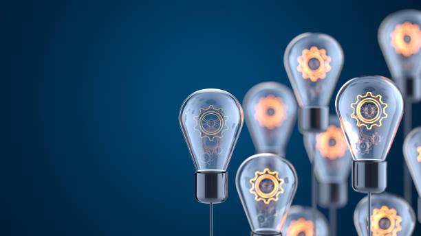 innovation und neue ideen glühbirnenkonzept - strategie stock-fotos und bilder