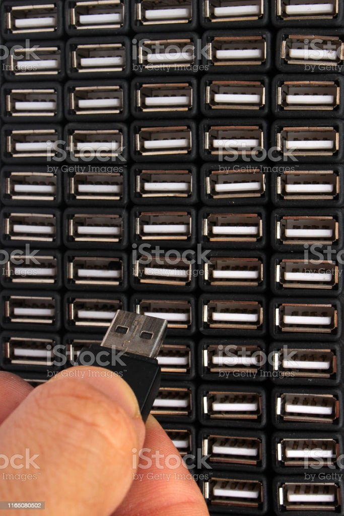 Inserting USB flash drive in one of many sockets