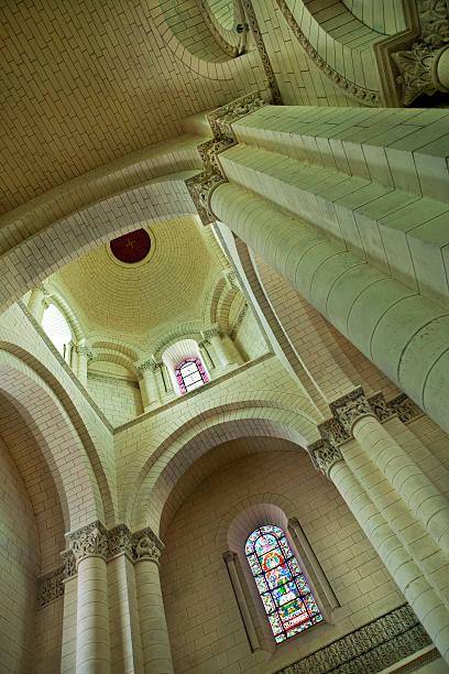 À l'intérieur d'une cathédrale - Photo