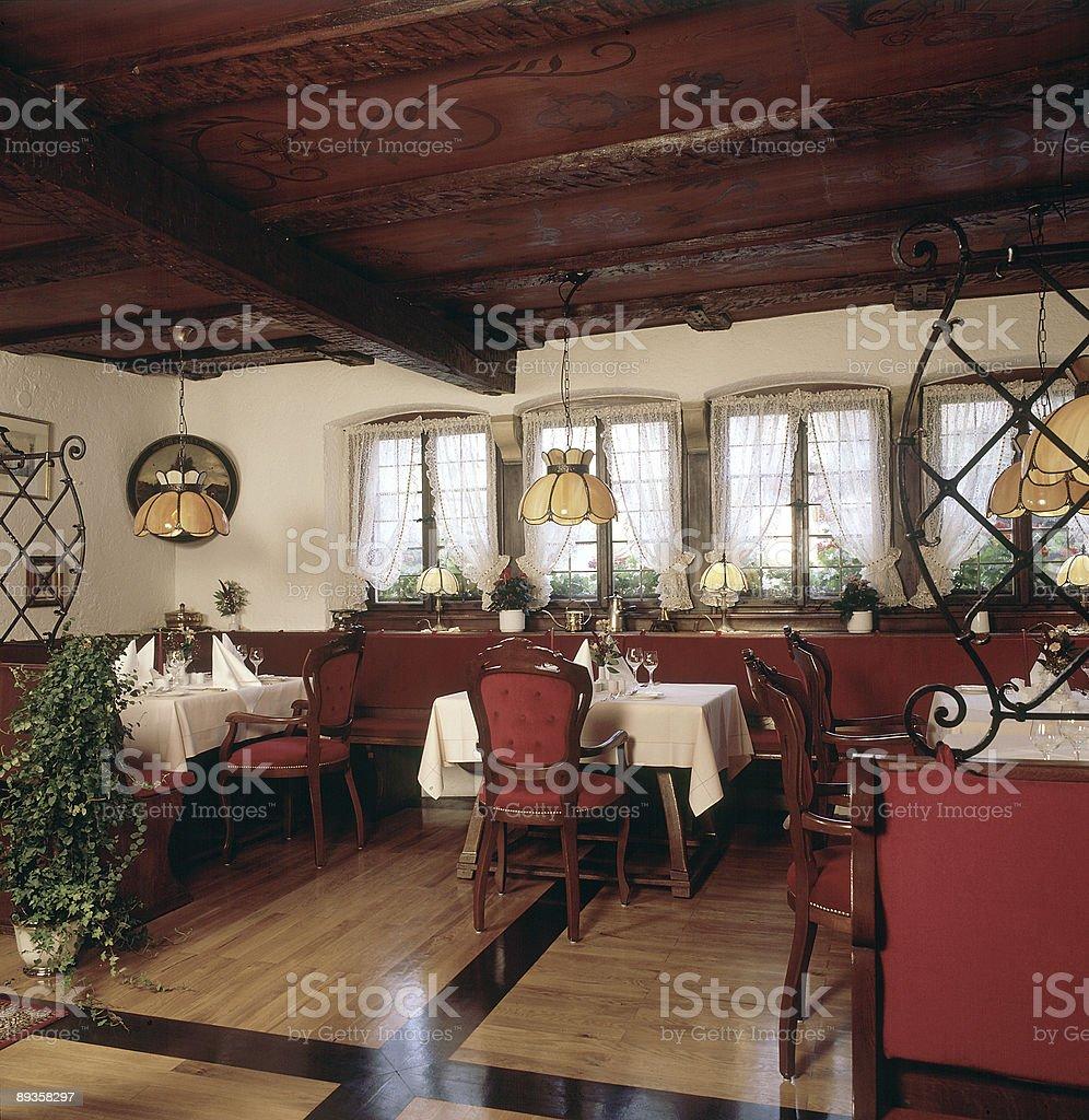 En un restaurante de lujo foto de stock libre de derechos