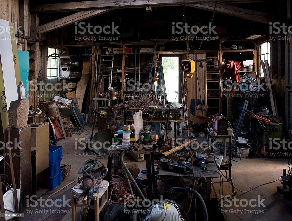 À l'intérieur d'un garage soudure - Photo