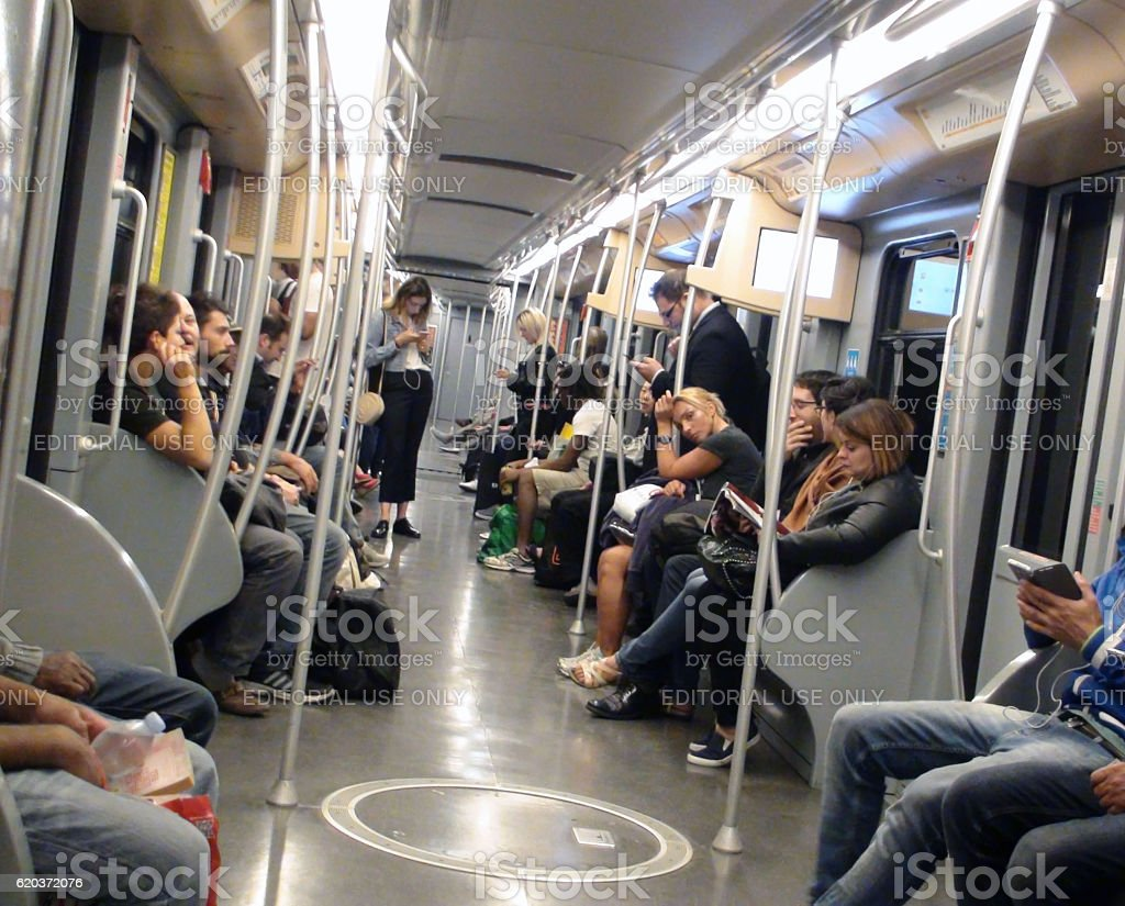 Inside Milan Metro And People Travelling In Italy Europe foto de stock royalty-free