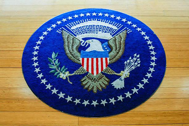 символ из соединенных штатов америки, тканые ковры - кандидат на пост президента стоковые фото и изображения