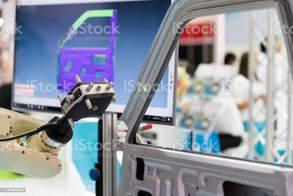 inspection automotive part dimension inspection automotive part dimension by 3D scan measuring machine. Quality check and control by automatic programing robot arm with 3D laser visual camera. 3D Scanning Stock Photo