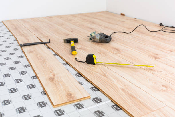 instalation av nytt trä golv hemma - kontrollpanel bildbanksfoton och bilder